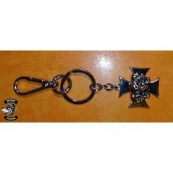 Porte clés croix de malte skulls